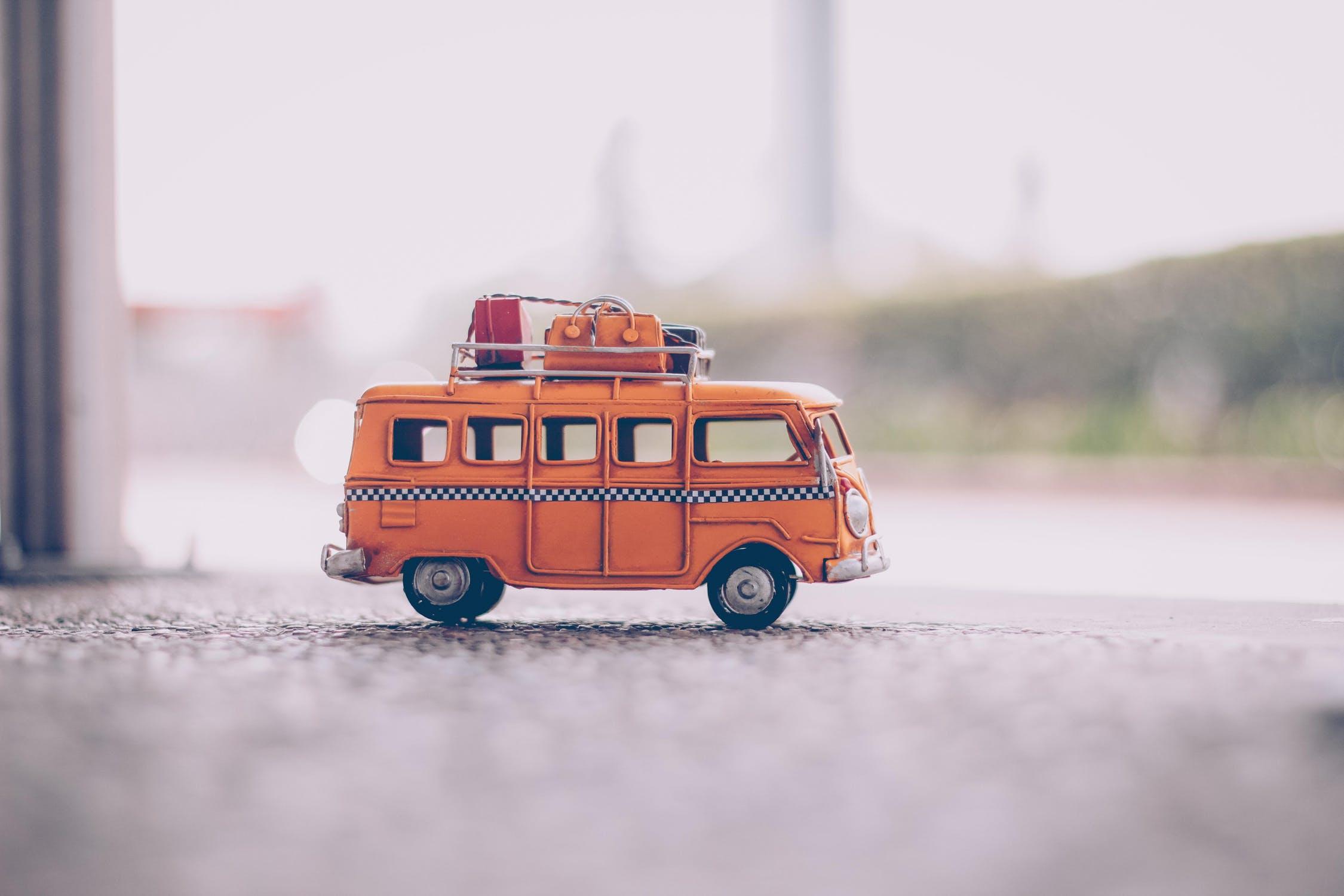 Krovininio mikroautobuso nuoma: viskas, ką turite žinoti