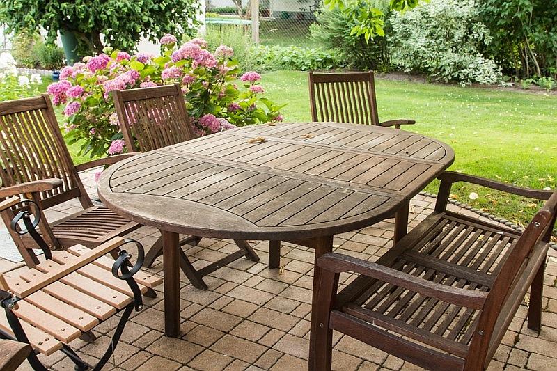 Lauko baldai – viena populiariausių prekių šiltuoju laiku