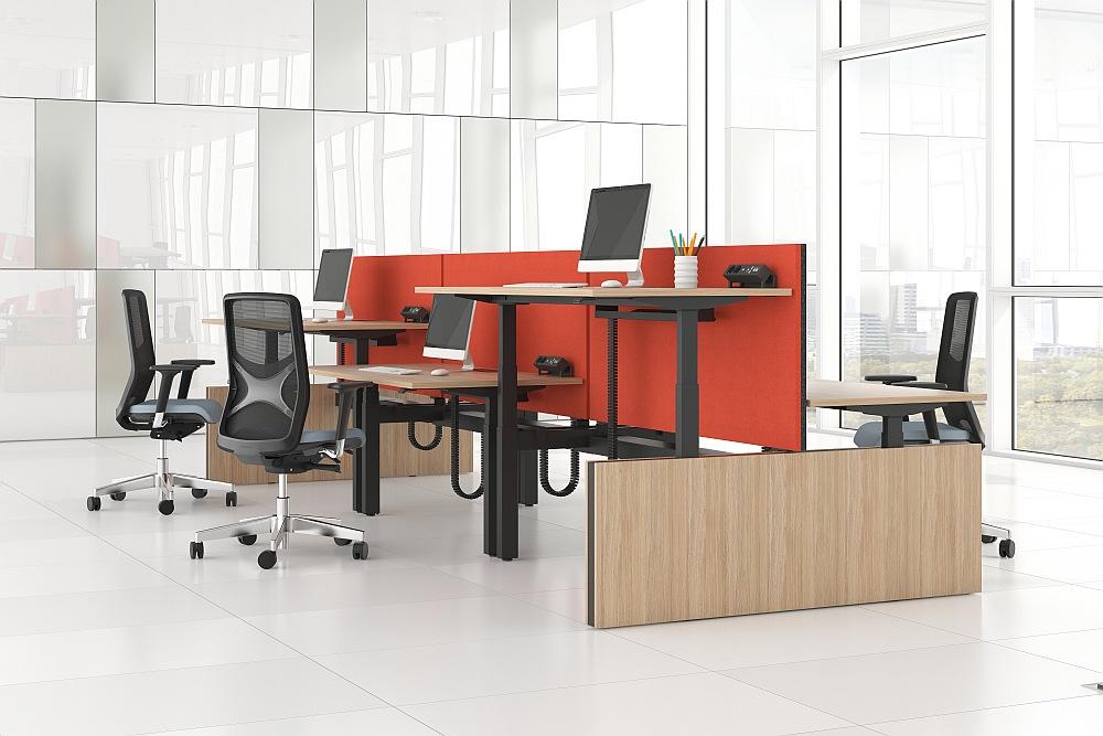 Kodėl svarbu didžiulį dėmesį skirti ergonomiškų biuro baldų pasirinkimui