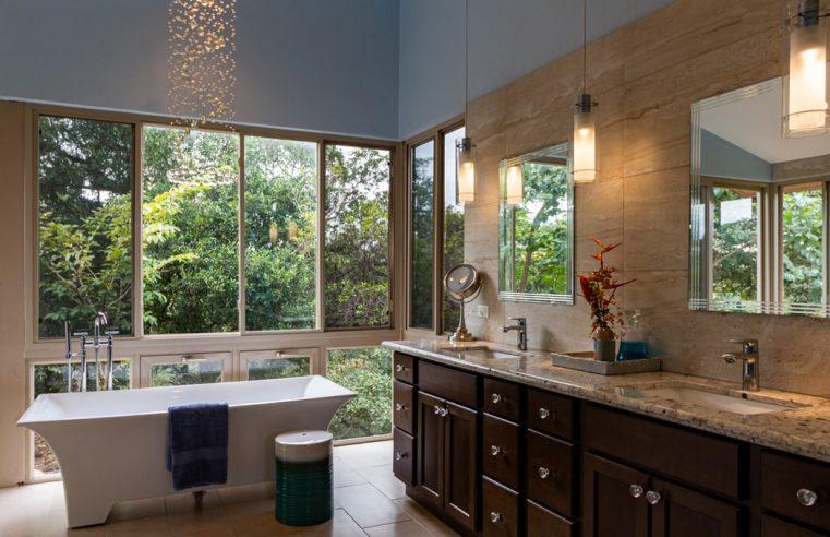 Vonios kambario apšvietimas