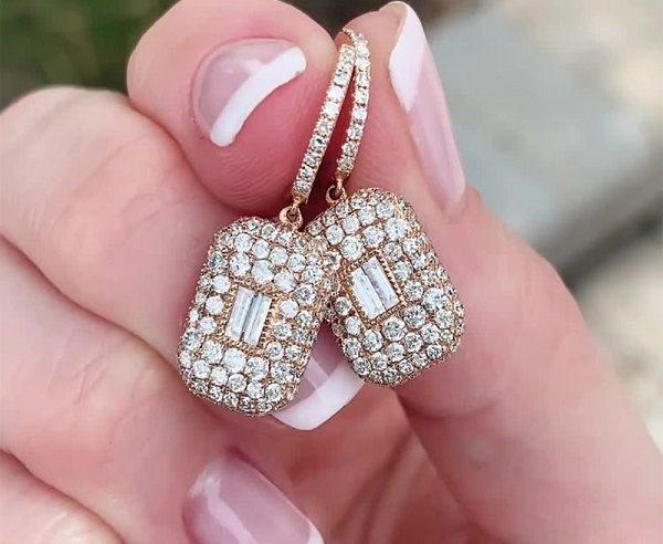 Patarimai kaip išsirinkti auskarus vestuvėms?